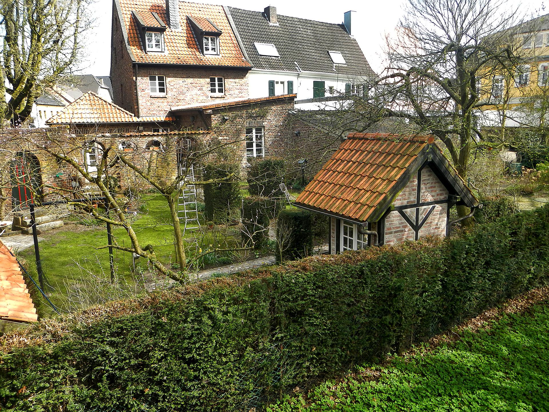 Burg Linn Garten