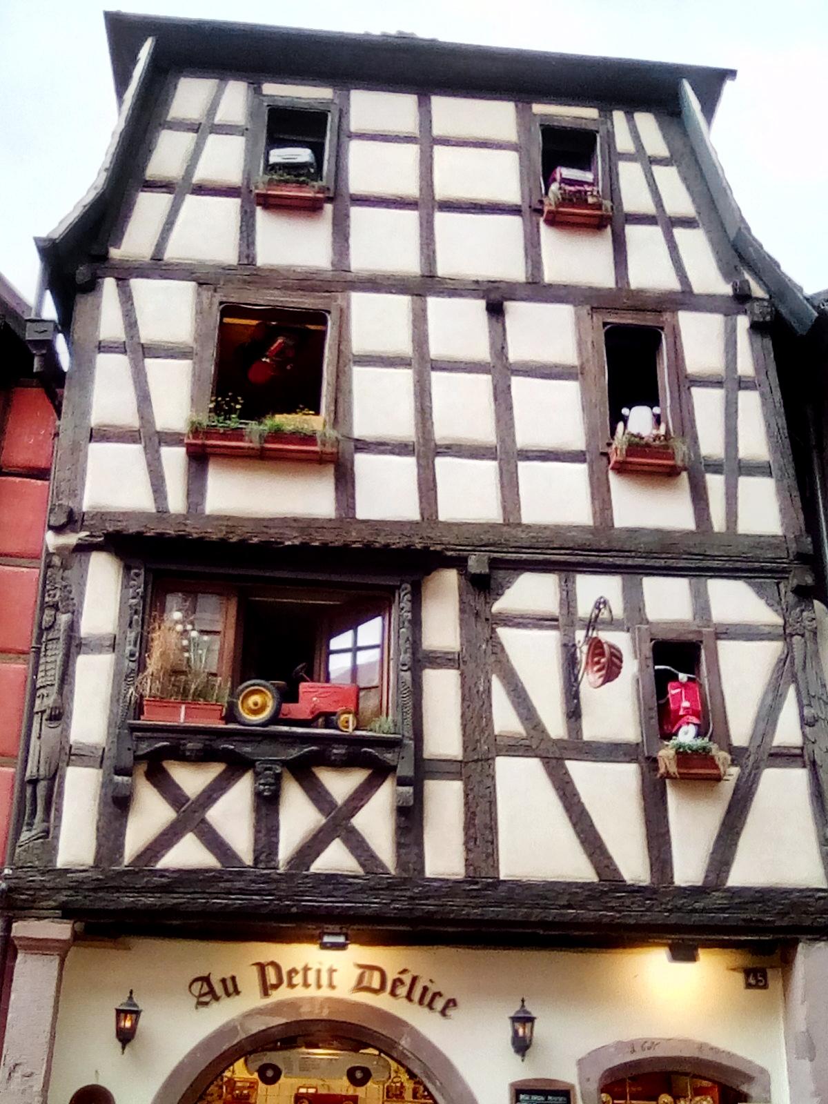 Fenstern in Riquwehr